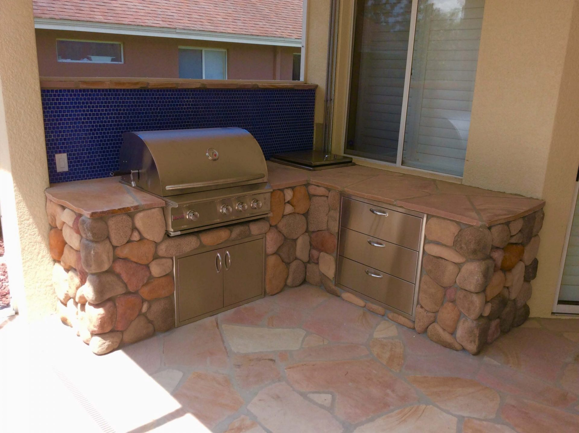 Custom Outdoor Kitchen by Watersapes Pool Remodeling Company