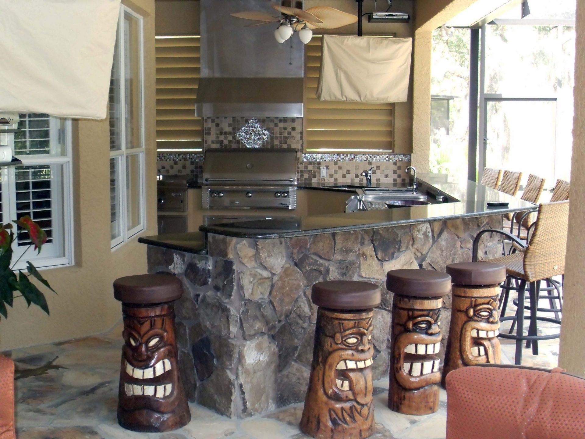 Custom Outdoor Kitchen Near Me