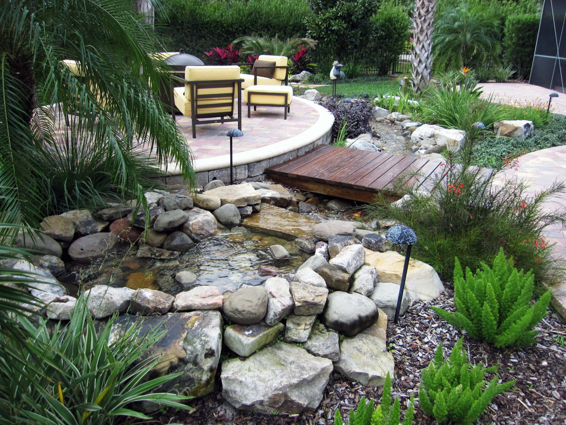 Custom Ponds by Waterscapes - Custom Pool Remodeling Company